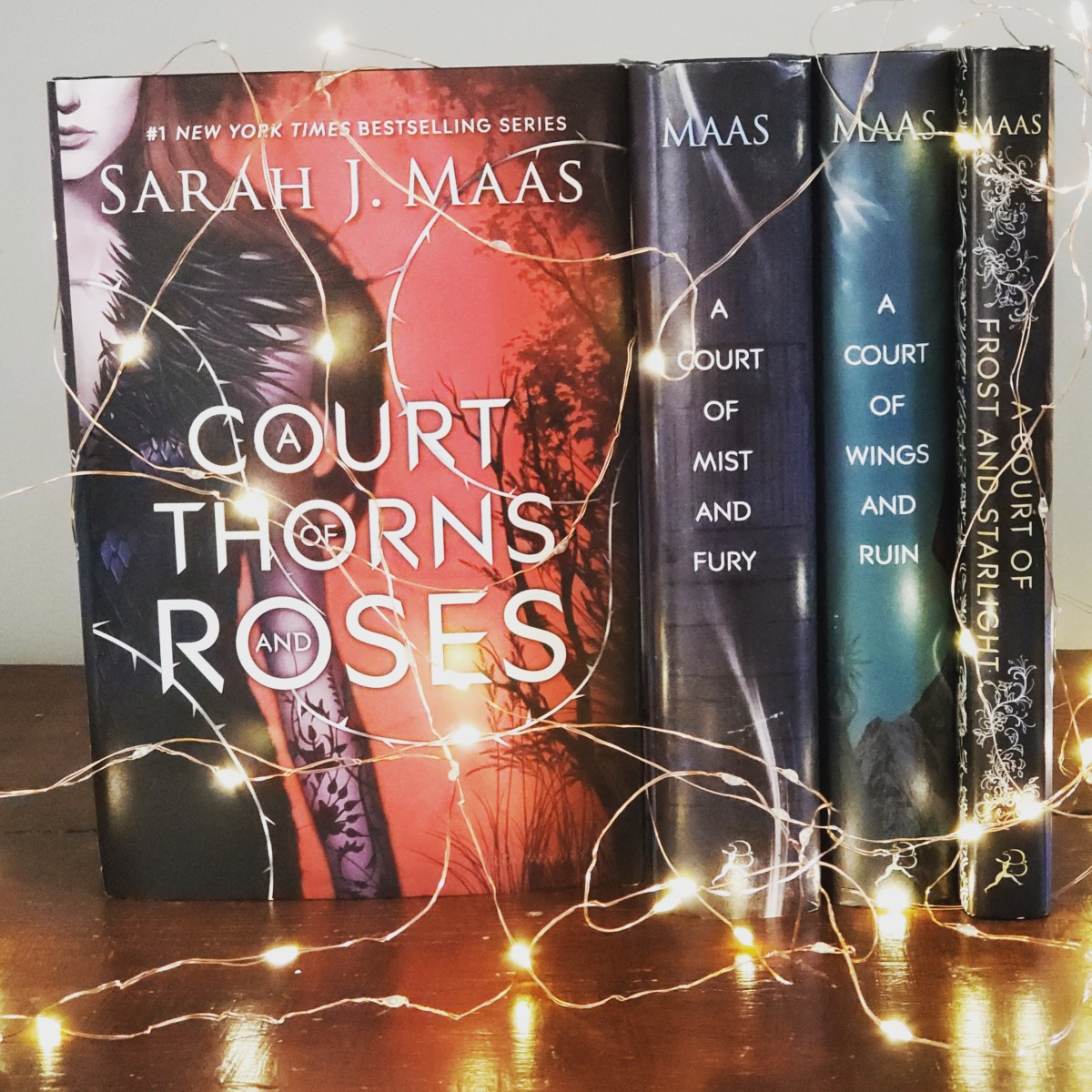 A Court of Thorns andRoses
